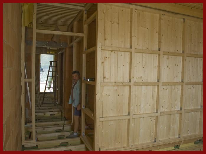 Parete cartongesso telaio legno design per la casa for Legno per pareti interne